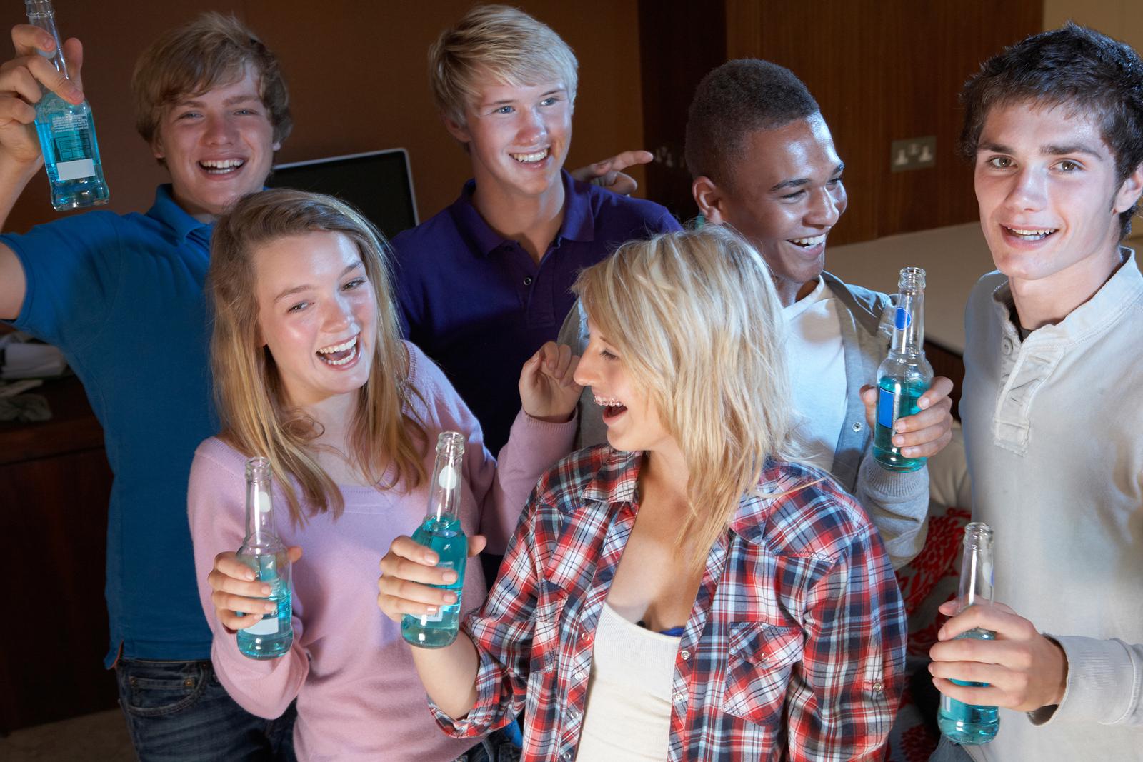Фото подростков дома 20 фотография