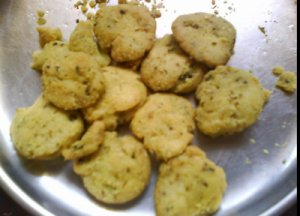 Mathri (Savoury crackers)