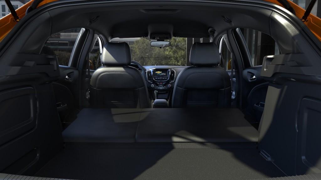 Chevrolet cruze hatchback interior